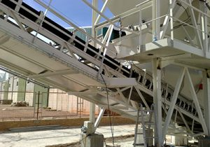 Transportadores de banda para el transporte y la manipulación de sólidos